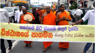 lanka_monks